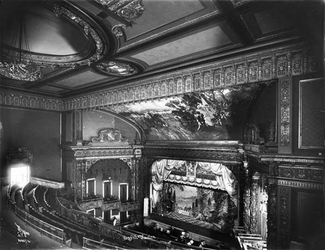 332-RegentTheatre1915 interior