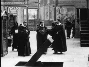 583-La_ dame-de.-monsereau(1913).